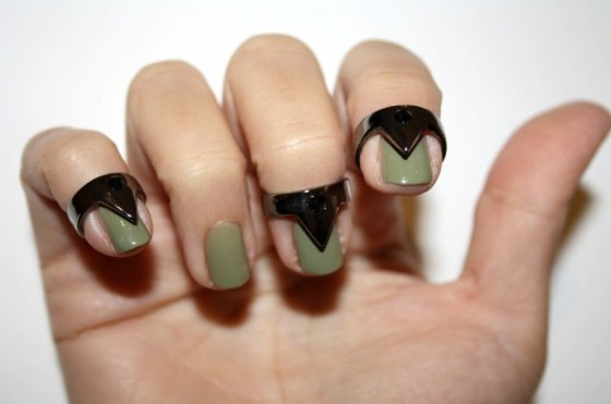 triangle-nail-rings-1