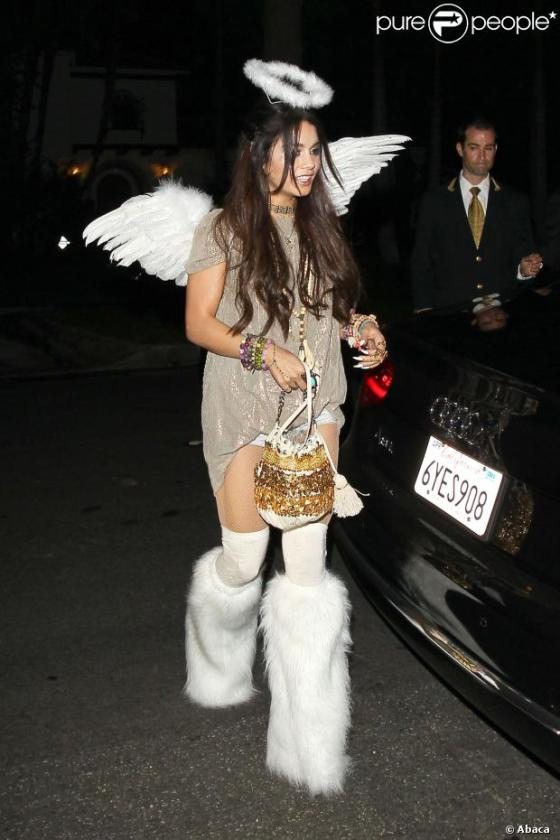 94628-vanessa-hudgens-arriving-at-a-private-620x0-1